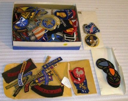 1034: BOX CONTAINING COLLECTION OF CAP BANDS ETC...