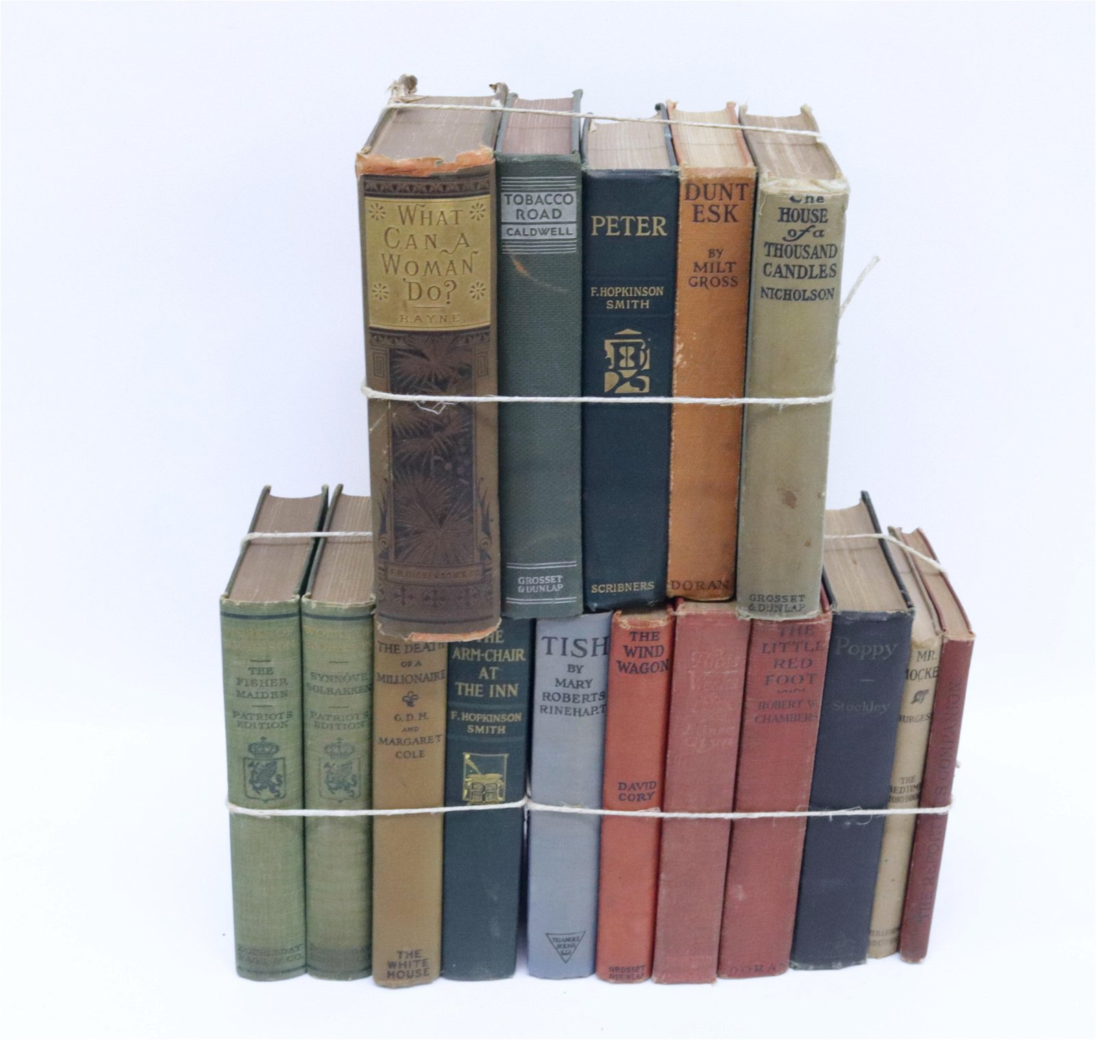 GROUP LOT OF VINTAGE BOOKS