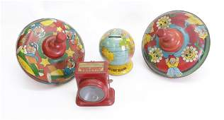 GROUP LOT OF TIN TOYS