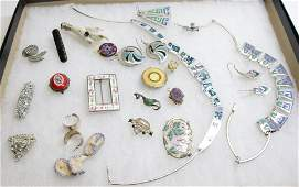GROUP LOT OF VINTAGE JEWELRY