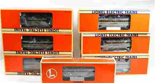 LIONEL TRAIN CAR LOT