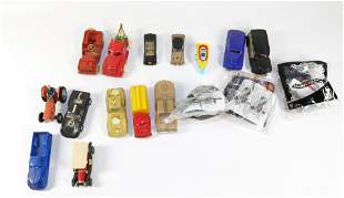 BOX LOT OF TOY VEHICLES