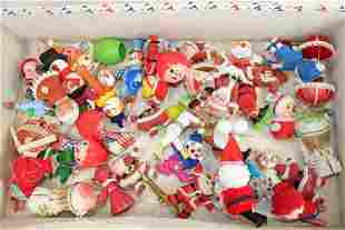 GROUP LOT OF VINTAGE CHRISTMAS ORNAMENTS