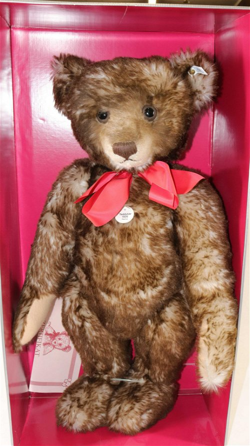 Stuffed Animals & Teddy Bears