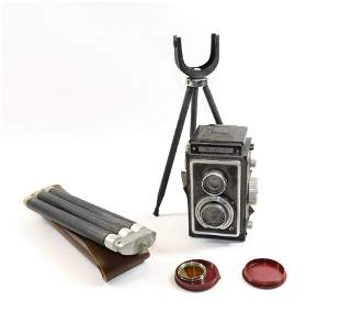 VINTAGE ZEISS IKON CAMERA WITH STAND