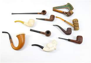GROUP LOT OF VINTAGE PIPES