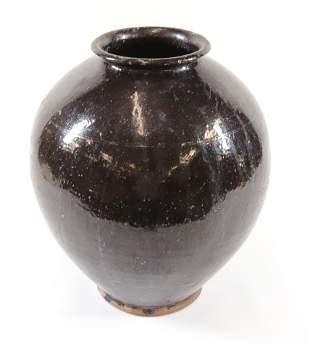 19TH CENTURY OVOID REDWARE JAR