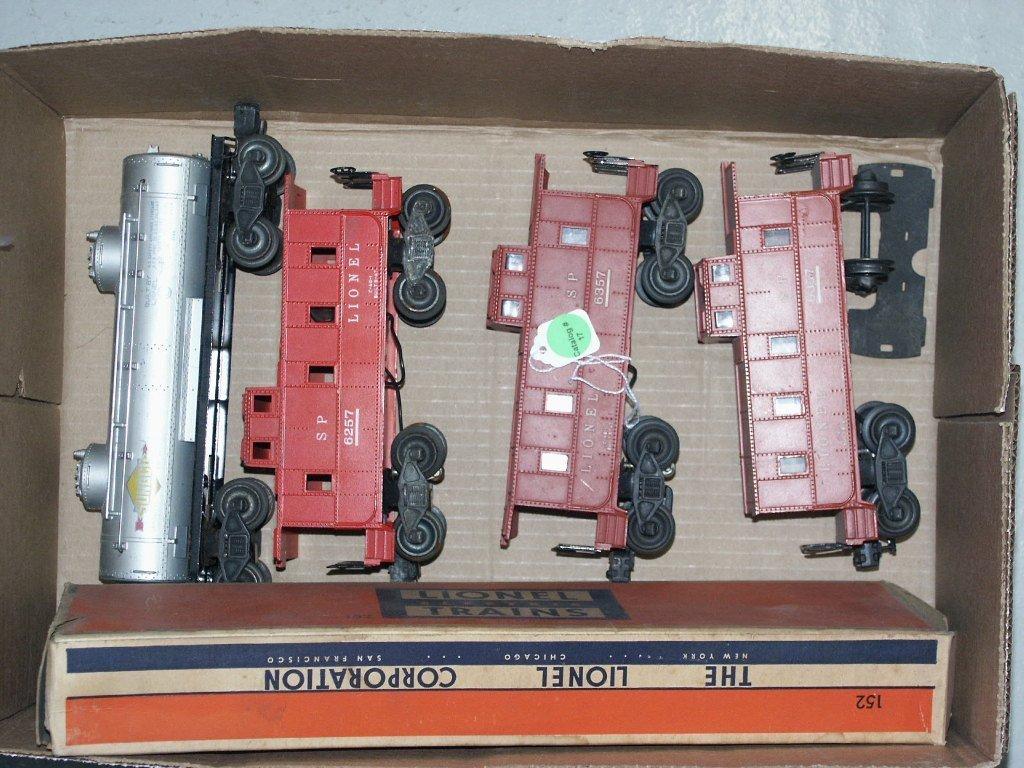 17:  BOX LOT OF LIONEL TRAIN ITEMS 6456, 6257, (2) 6357