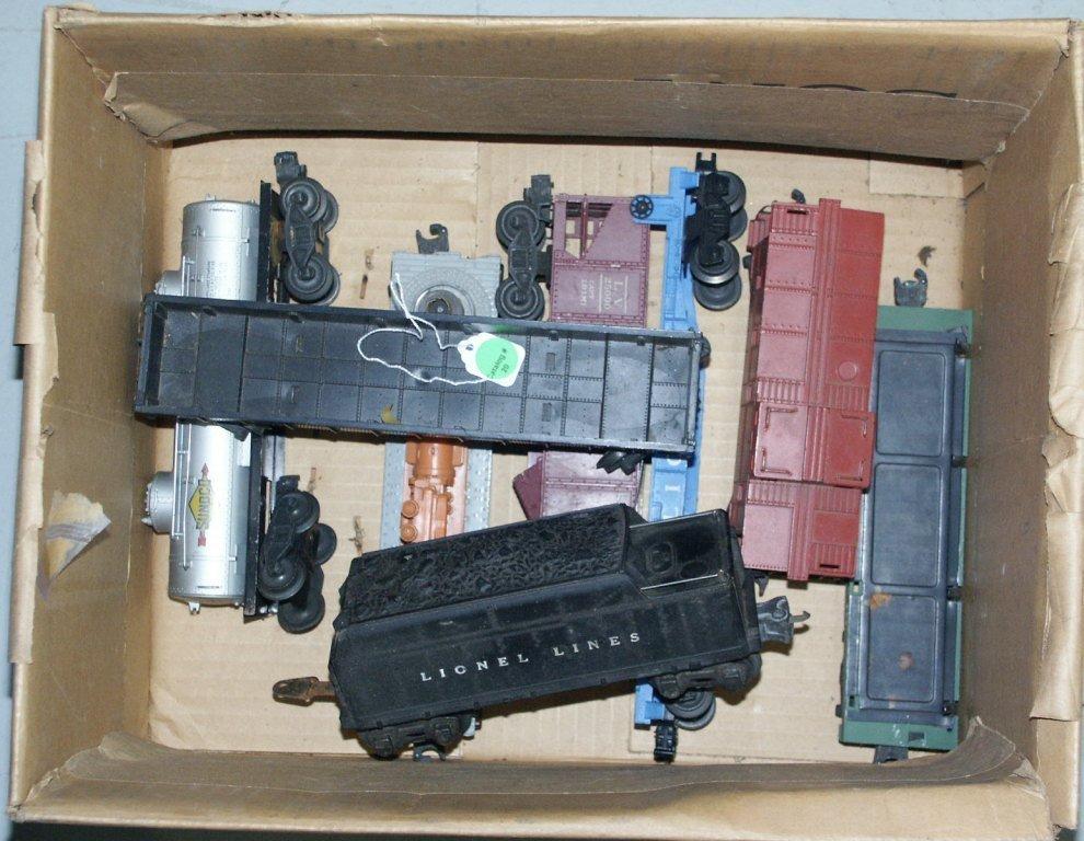 20: BOX LOT OF TRAIN ITEMS 2666W, 6462, 3461, 3830, 635