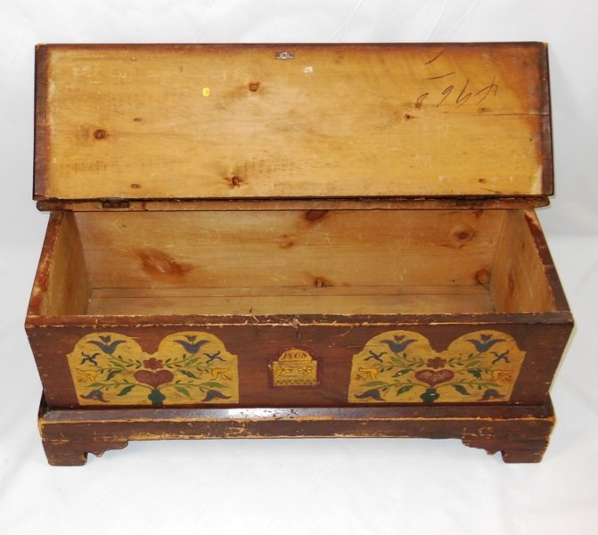 261: Pennsylvania Dutch Painted Blanket Chest - 2