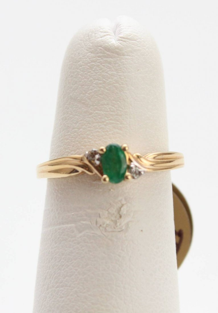 14K EMERALD DIAMOND RING