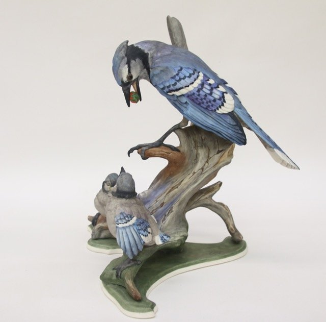 BOEHM SCULPTURE OF BLUEJAYS