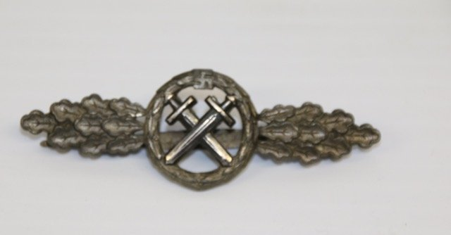 AIR TO GROUND SQUADRON CLASP