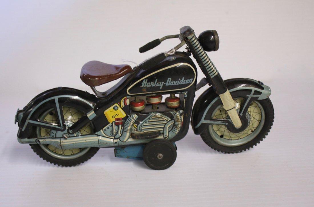 VINTAGE HARLEY DAVIDSON MOTORCYCLE