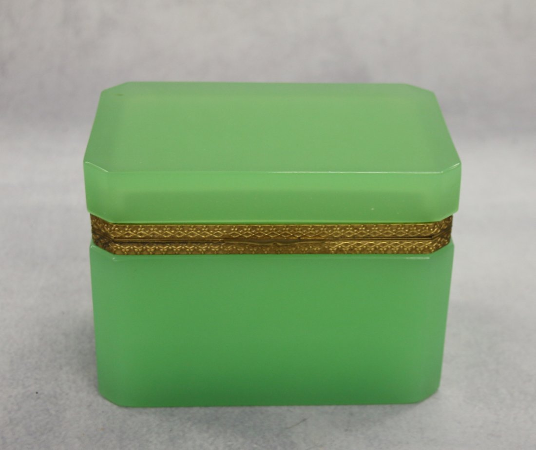 FRENCH OPALINE GLASS BOX