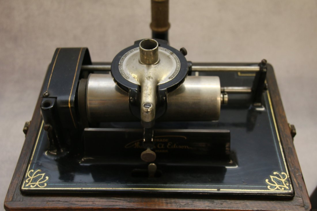 EDISON FIRESIDE PHONOGRAPH - 2