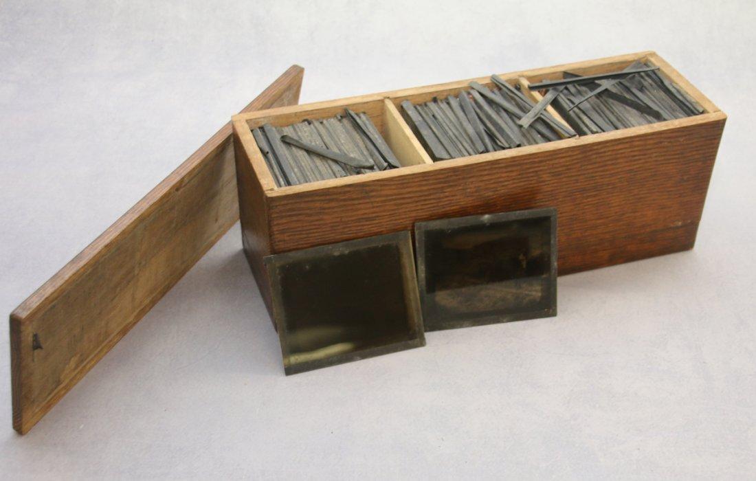 OAK BOX WITH GLASS SLIDES