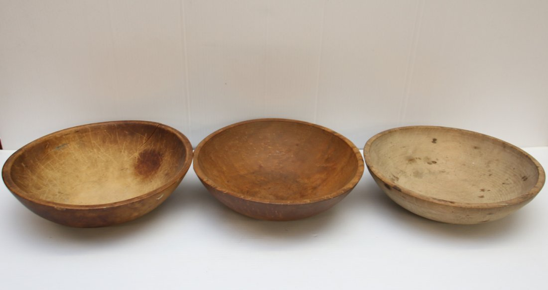 GROUP LOT OF WOODEN BOWLS