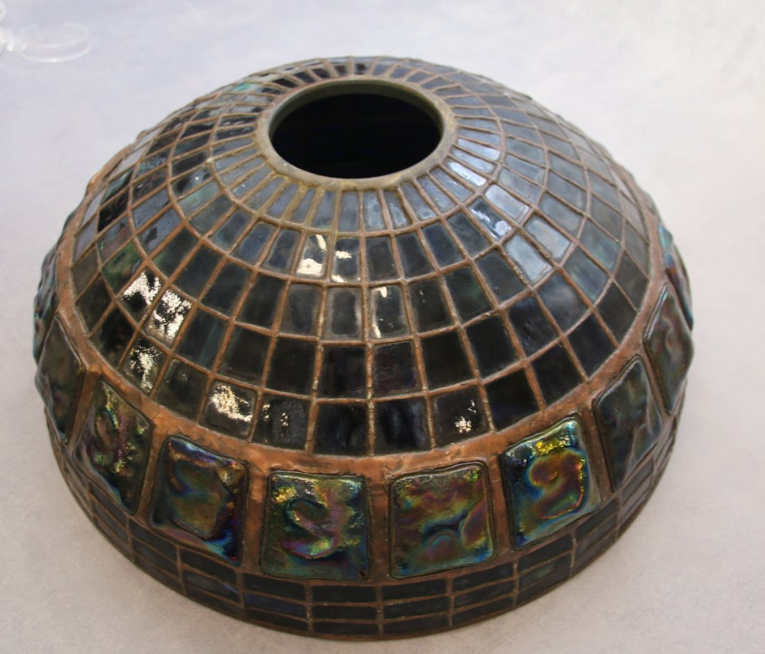 ART GLASS TURTLE BACK TILE SHADE - 10