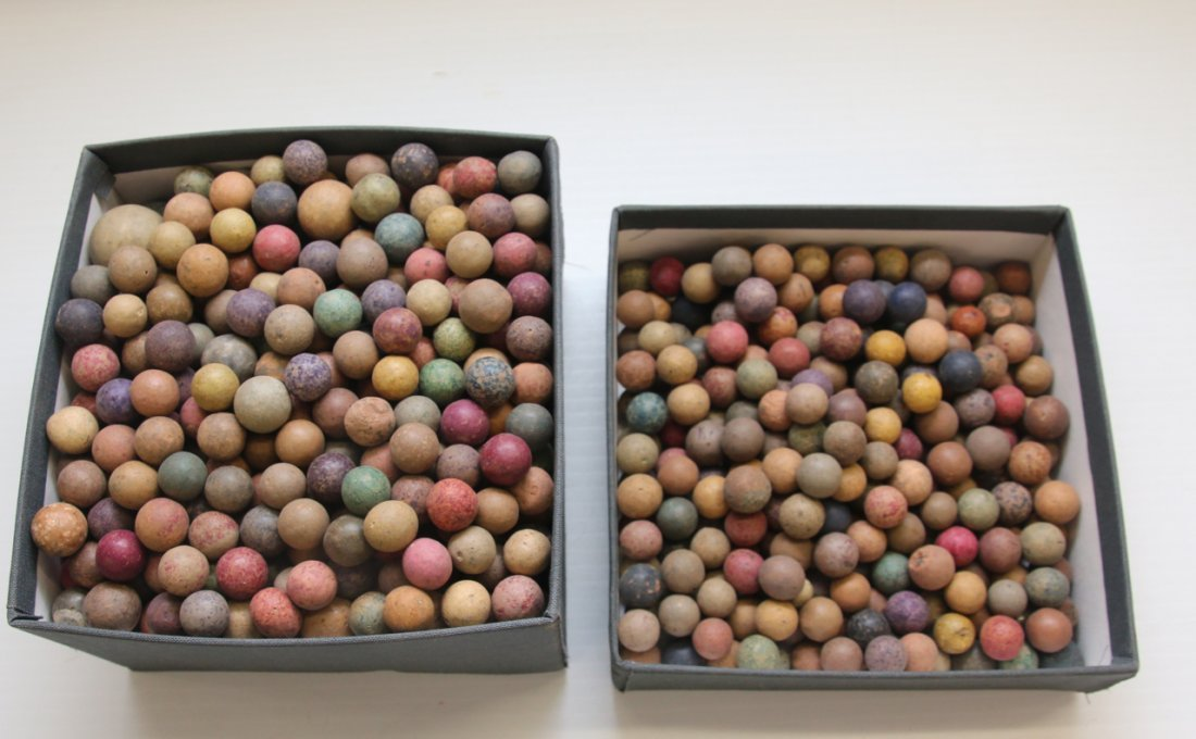 LOT OF CLAY MARBLES
