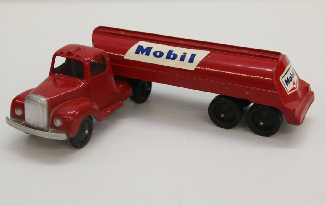 MOBIL GAS TRUCK TOOTSIE TOY - 2
