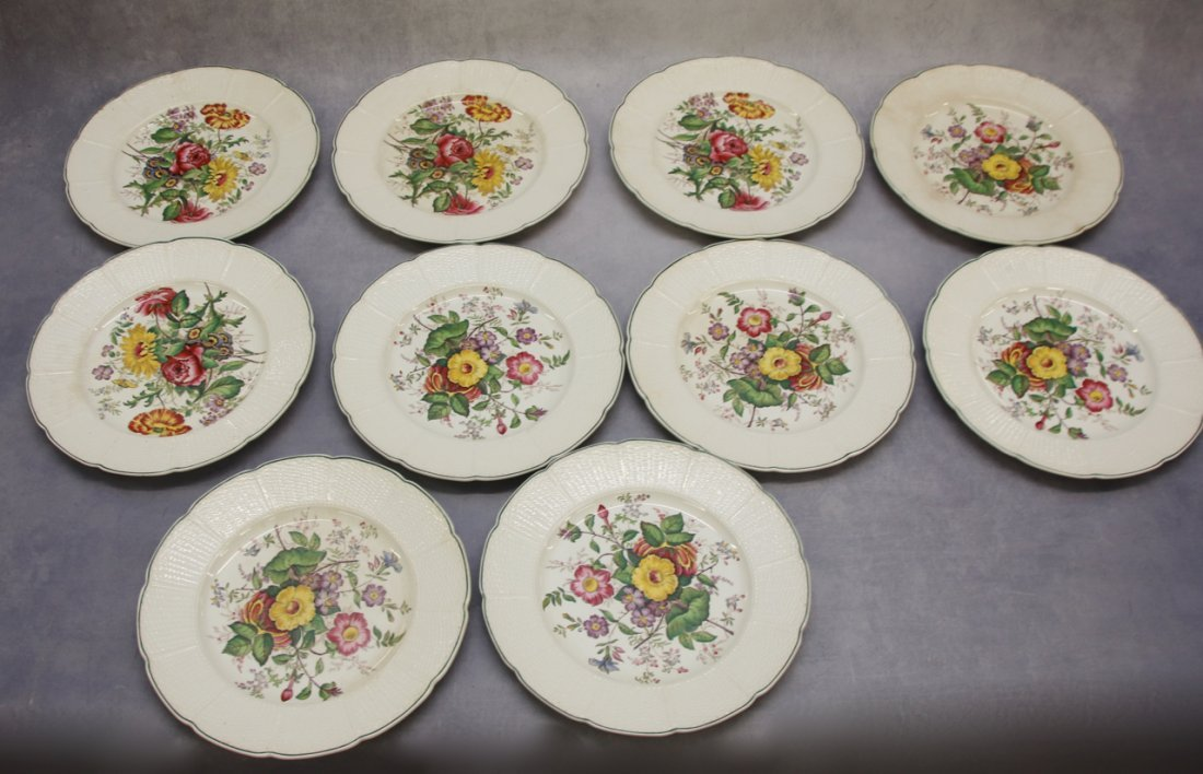 (10) WEDGWOOD FLORAL PLATES