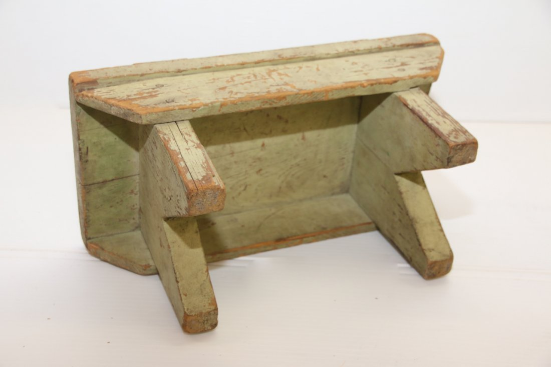 PAINTED WOODEN FOOT STOOL - 3