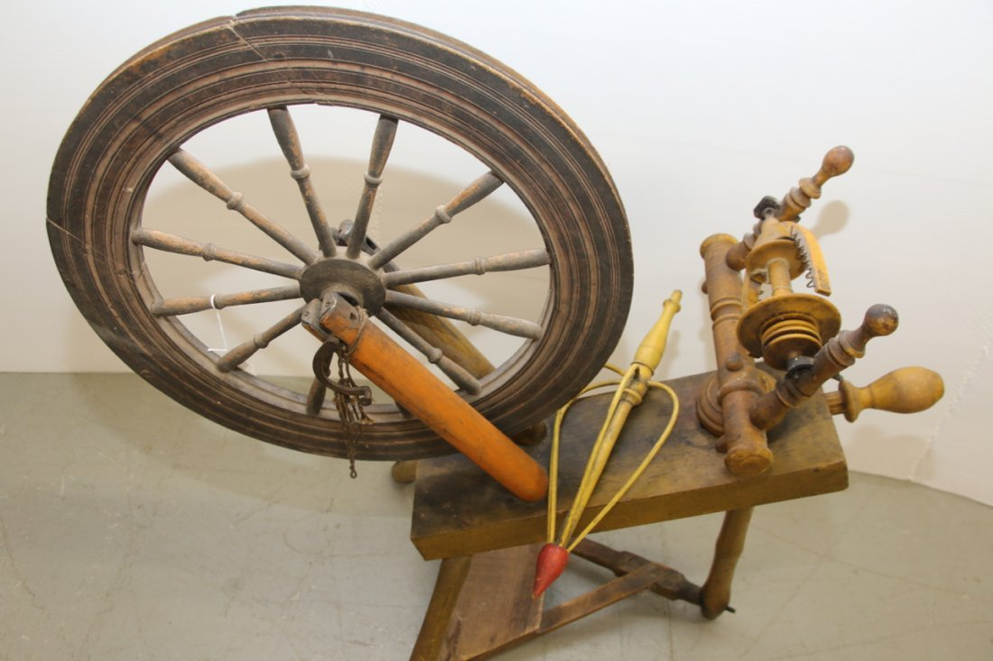ANTIQUE SPINNING WHEEL - 2
