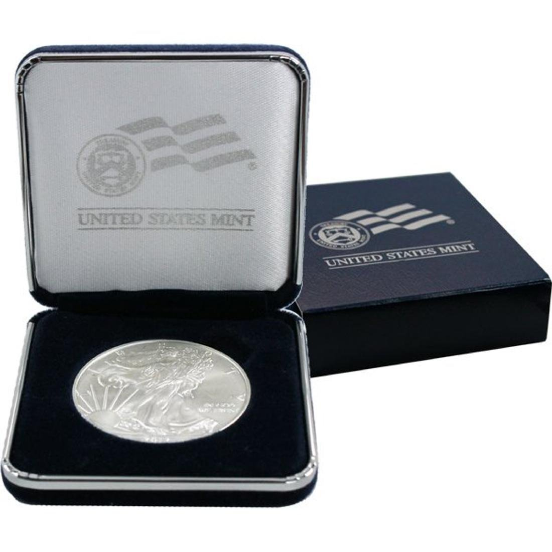 2012 US Silver Eagle in Mint Case