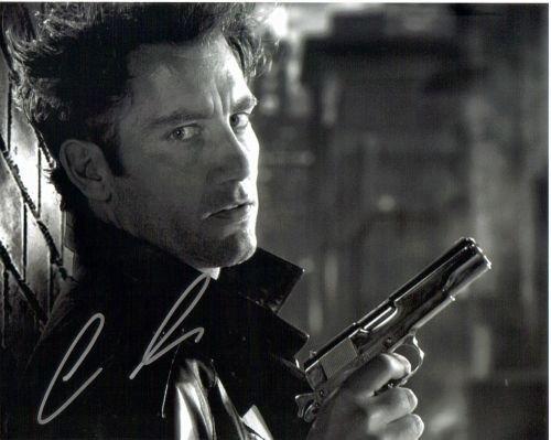 7G: Clive Owen autographed photo
