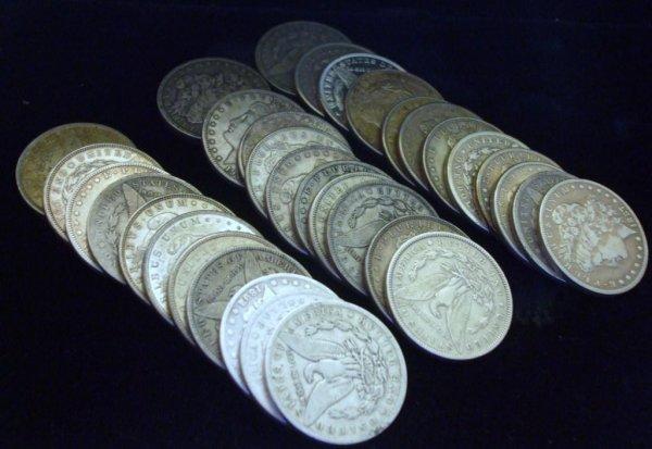 102Q: Roll of 20 Morgan Silver Dollars- 1878-1921 g-xf