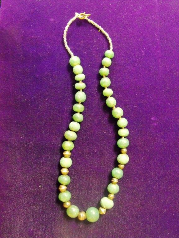 4: Estate Jade and Silver Necklace
