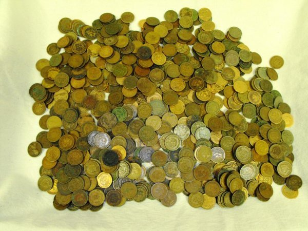 6: Lot of 100 Indian Head Cents