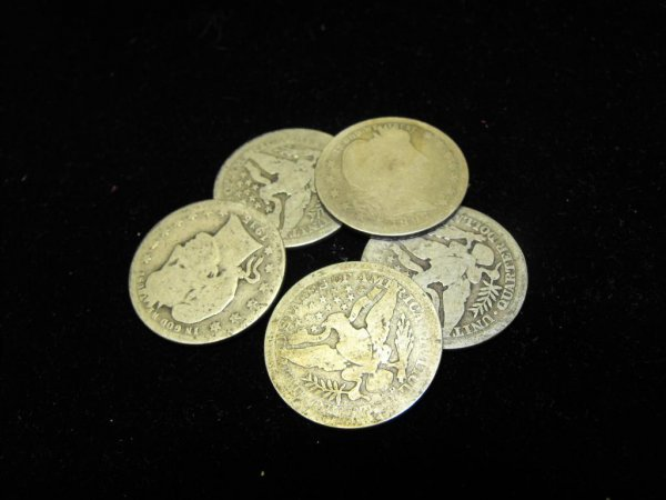 11: Lot of 5 Barber Quarters