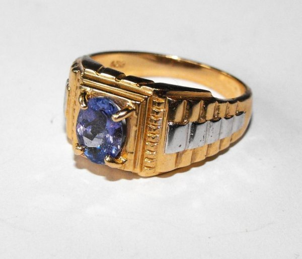 7Z: Fine 14k YG Rolex Style Man's Ring with Tanzanite