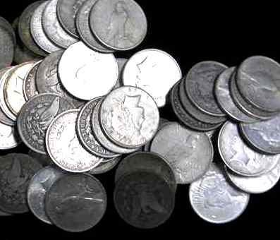 8R: Lot of 10 US MINTED PRE 1935 SILVER DOLLARS!