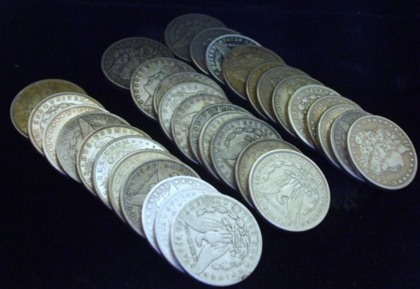 2A: Roll of 20 Morgan Silver Dollars- 1878-1921 g-xf