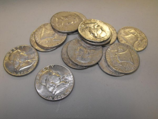 10A: Lot of 10 Franklin 90% Silver Halves- Circulated