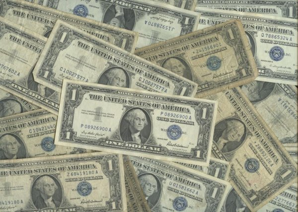 42: Lot of 100 Silver Certificates- $ 1 Dollar