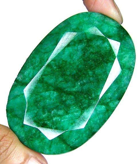 6Z: 420 ct. Emerald Gemstone $ 9k GG GIA