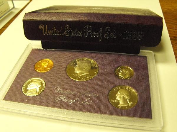 3Z: 1985 Proof Set- In Governmental Packing