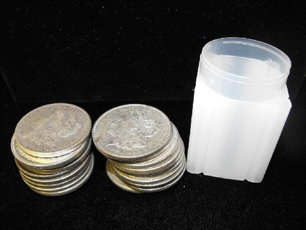 11: Roll of Morgan Silver Dollars- 1878-921 g-xf
