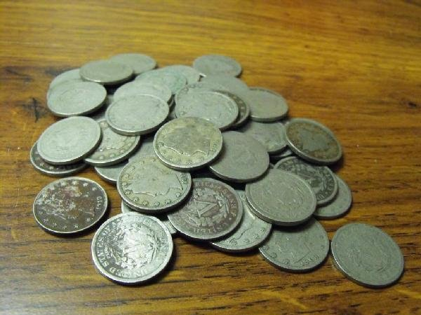 8: Lot of 50 V Nickels