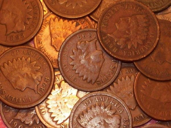 20: Lot of 10 Indian Head Pennies-1900s-cleaned
