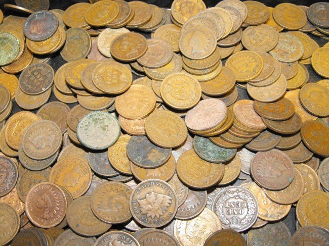 5: Lot of 200 Indian Head Cents - Circulated