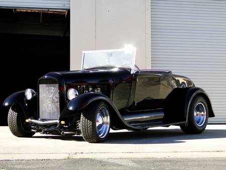 1Q: 1928 FORD ROADSTER 331 STROKER $ 45,000 Value