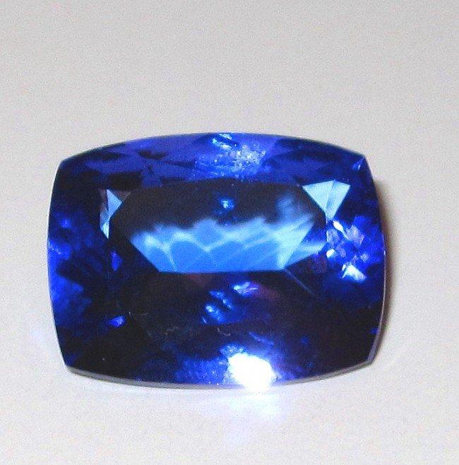 2W: A Very Fine 8.61 ct. Tanzanite Gemstone