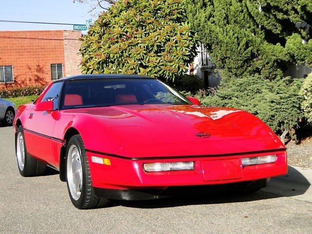 1J: 1988 CHEVROLET CORVETTE COUPE Z51 LITTLE RED VETTE