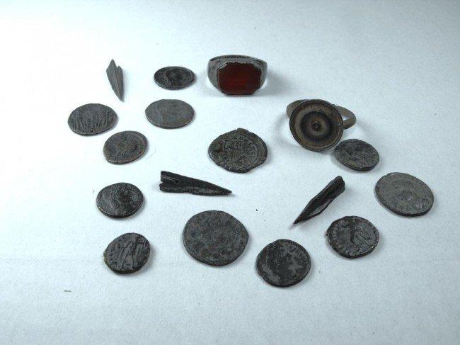 2C: Roman Empire Coins,Arrowheads,Rings