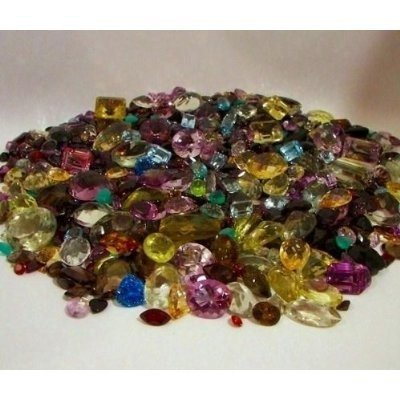 1Q: Huge Lot of mixed Gemstones - 5000 cts
